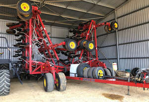 2014 Bourgault 3320-76 Air Drills