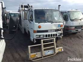 1987 Isuzu NKR57L - picture0' - Click to enlarge