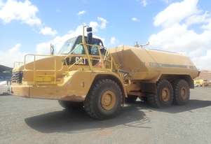Caterpillar 735 Articulated Water Truck