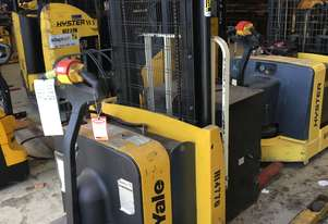 Battery Electric Walkie Stacker
