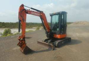 Hitachi   ZX30U Rubber Tracks