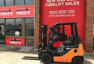 TOYOTA FORKLIFTS TOYOTA 32-8FG15 30385 - Low Hours