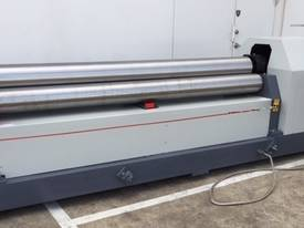 2500mm x 8mm Rolls, Digital Display & Stub Rollers - picture0' - Click to enlarge