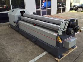 2500mm x 8mm Rolls, Digital Display & Stub Rollers - picture1' - Click to enlarge