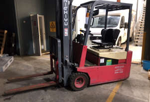 Three Wheel Electric Forklift For Sale!