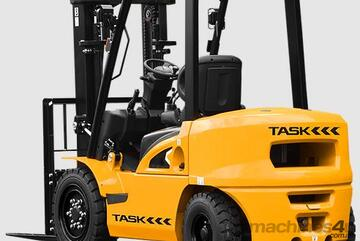 TASK X-Series | 2.5T  Container Mast  LPG Forklift