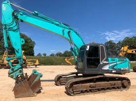 Kobelco SK210 Tracked-Excav Excavator - picture0' - Click to enlarge