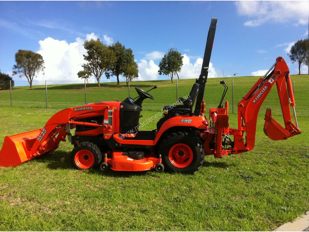 Used 2012 Kubota BX25-T2 Tractor With Front End Loader in