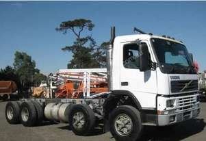 2001 Volvo FM7 Cab Chassis,8x4, Twin steer