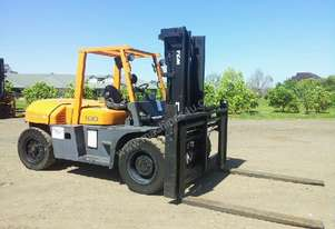 Tcm 10 tonne forklift for hire