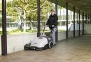 BRAND NEW NILFISK BATTERY, WITH DRIVE & VACUUM, SWEEPER ONLY $2,950.00 PLUS GST DELIVERED
