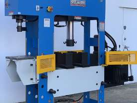 3 x Presses In One Also With Sliding Head - picture0' - Click to enlarge