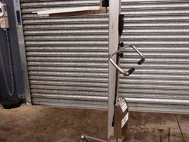 Lifting Goods Trolley. - picture0' - Click to enlarge