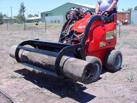 NEW DINGO MINI LOADER 3 IN 1 RAKE AND GRAB - picture1' - Click to enlarge