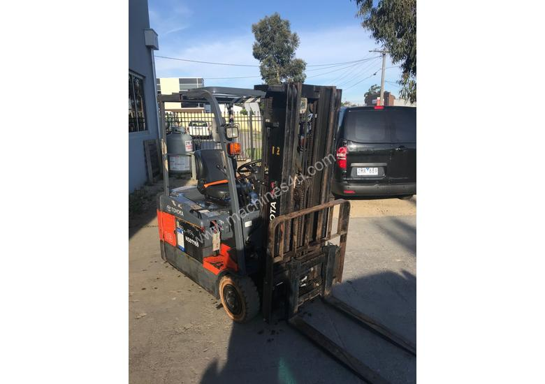 Used Toyota 7FBE18 Electric forklift