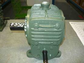 BORG WARNER 80/1 RATIO REDUCTION BOX - picture1' - Click to enlarge