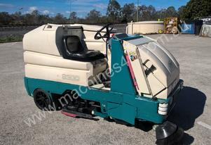 Tennant   8300 for quick sale