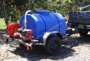 750 LITRE FIRE FIGHTING TRAILER