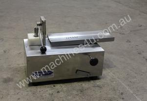 Boss Electric clipping machine