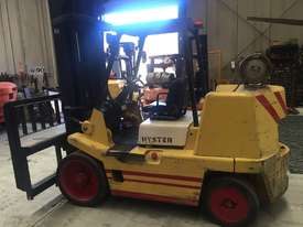 Hyster 7 tonne space saver forklift - picture0' - Click to enlarge