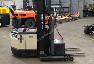 Crown 1.5T Walkie Reach Stacker