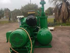 Industrial Air Compressor 3 phase - picture1' - Click to enlarge