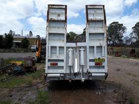 Low Loader/Float - picture0' - Click to enlarge