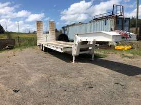 Low Loader/Float - picture2' - Click to enlarge