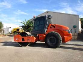 Hamm 3012 Vibrating Roller Roller/Compacting - picture0' - Click to enlarge