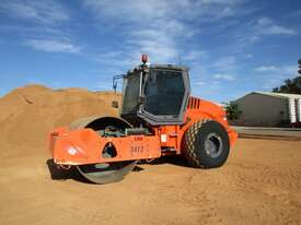 Hamm 3012 Vibrating Roller Roller/Compacting - picture3' - Click to enlarge