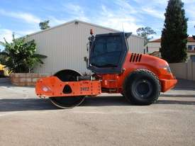 Hamm 3412 Vibrating Roller Roller/Compacting - picture2' - Click to enlarge