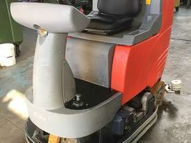 Hako Floor Sweeper Hakomatic  Ride On Scrubber B115 R Battery Electric - picture0' - Click to enlarge