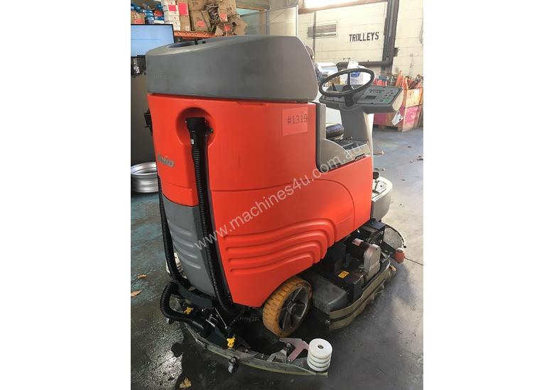 Hako Floor Sweeper Hakomatic  Ride On Scrubber B115 R Battery Electric