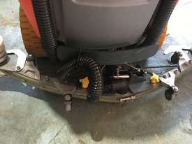 Hako Floor Sweeper Hakomatic  Ride On Scrubber B115 R Battery Electric - picture11' - Click to enlarge