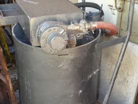 GROUT PUMP AND MIXER - picture0' - Click to enlarge