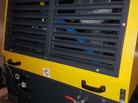 Diesel Portable Air Compressor 185cfm  102psi WENDEL KOMPRESSOREN - picture1' - Click to enlarge
