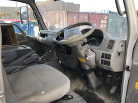2010 Hino 300 Tipper / Crane Truck - picture11' - Click to enlarge