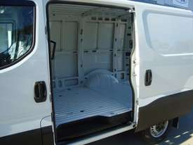 Iveco DAILY 35S13 Van  - picture3' - Click to enlarge