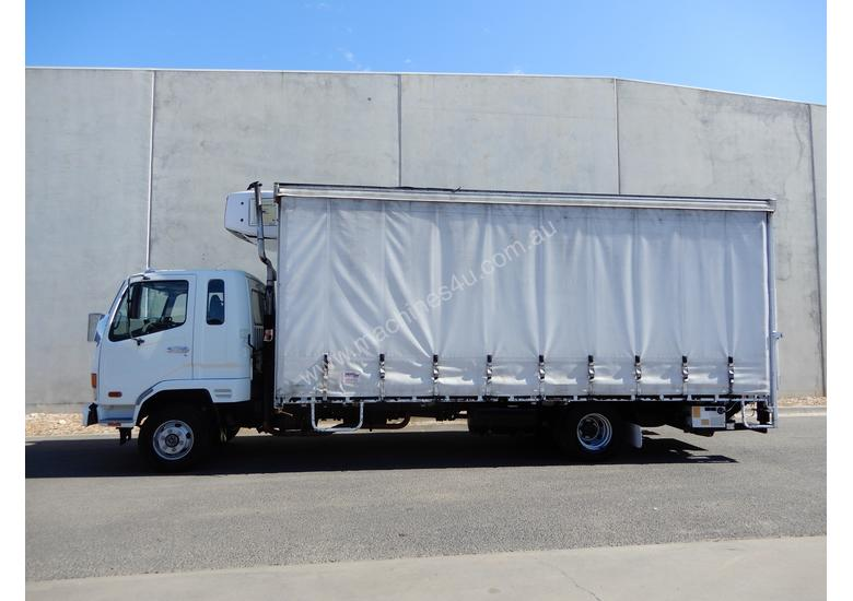 Fuso FK 6.0 Fighter Refrigerated Truck