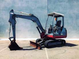 TAKEUCHI TB125 2.6T MINI EXCAVATOR S/N - 864 - picture1' - Click to enlarge