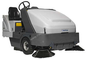 Nilfisk Advance SR 1601 Rider Sweeper