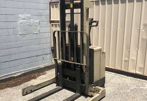 Crown forklift walkie stacker 30WTF154A
