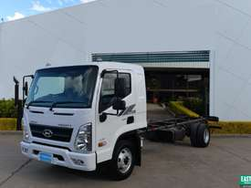 2019 Hyundai MIGHTY EX8   Cab Chassis   - picture0' - Click to enlarge