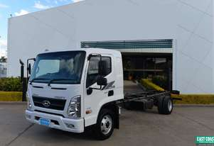 2019 Hyundai MIGHTY EX8   Cab Chassis