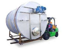 10,000L Storage Tank with Stirrer - picture1' - Click to enlarge