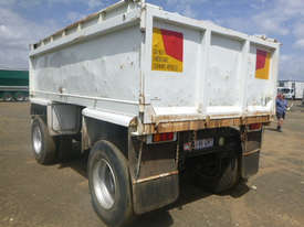 Freighter Dog Tipper Trailer - picture8' - Click to enlarge