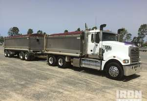 2013 Mack Trident and Shephard Quad Dog PBS Tipping Combination