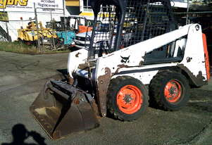 S-100 , 2014 model ,1800 hrs , 4in1 bucket ,