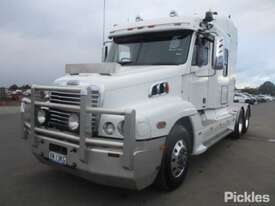 2010 Freightliner Century Class CST120 - picture2' - Click to enlarge