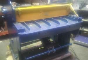 Pneumatic Guillotine 950mm Wide Blade